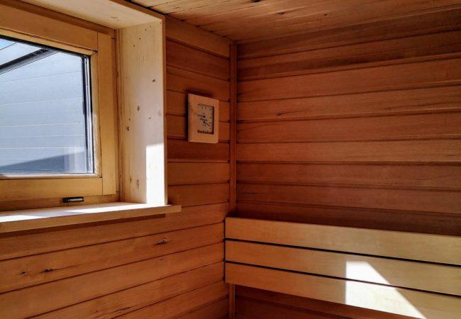 aus-liebe-zum-holz-sauna-07